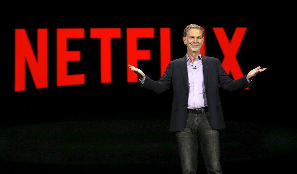 Reed Hastings, cofundador e presidente executivo do Netflix se apresenta durante conferência em Las Vegas. 6 de janeiro de 2016. REUTERS/Steve Marcus
