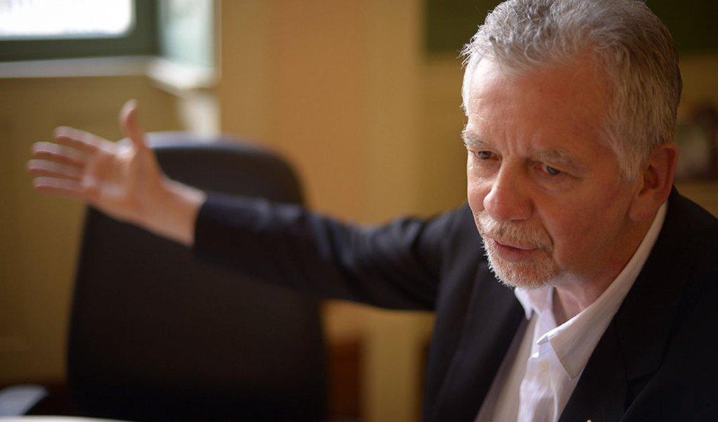 2013.12.12 - Porto Alegre/RS/Brasil -  Entrevista com o Prefeito José Fortunati. Foto: Bernardo Jardim Ribeiro/Sul21.com.br