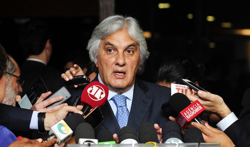 Senador Delcídio Amaral (PT-MS) concede entrevista. Foto: Jonas Pereira/Agência Senado