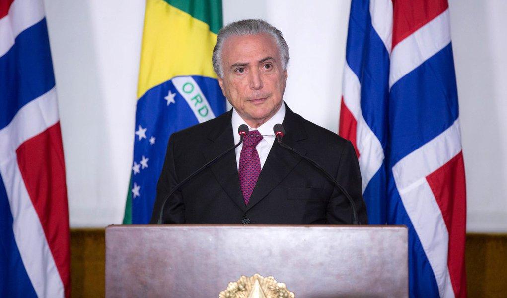 16/11/2015- Brasília- DF- Brasil- Vice-presidente Michel Temer recebe Haakon Magnus, príncipe herdeiro da Noruega.