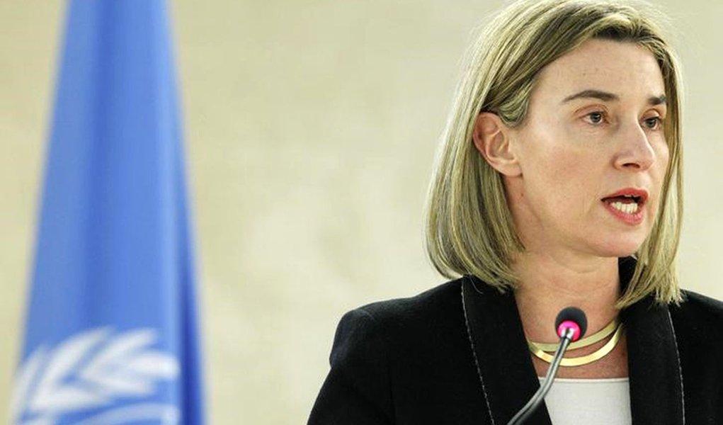 Chefe de política externa da União Europeia, Federica Mogherini, durante encontro em Genebra.  03/03/2015   REUTERS/Pierre Albouy