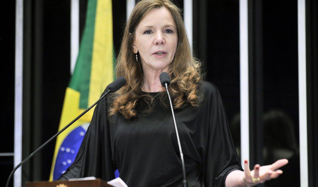 Plenário do Senado Federal durante sessão não deliberativa ordinária. Em discurso, senadora Vanessa Grazziotin (PCdoB-AM). Foto: Waldemir Barreto/Agência Senado
