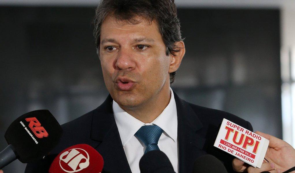 Brasília- DF 05-01- 2016 Foto Lula Marques/Agência PT Prefeito de São Paulo, Fernando Haddad, durante entrevista a imprensa depois de encontro com ministro, Jaques Wagner.