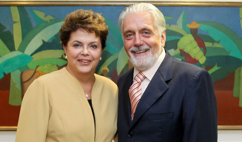 Brasília-DF, 10/02/2011. Presidenta Dilma Rousseff recebe o governador da bahia Jaques Wagner. Foto: Roberto Stucket Filho/PR