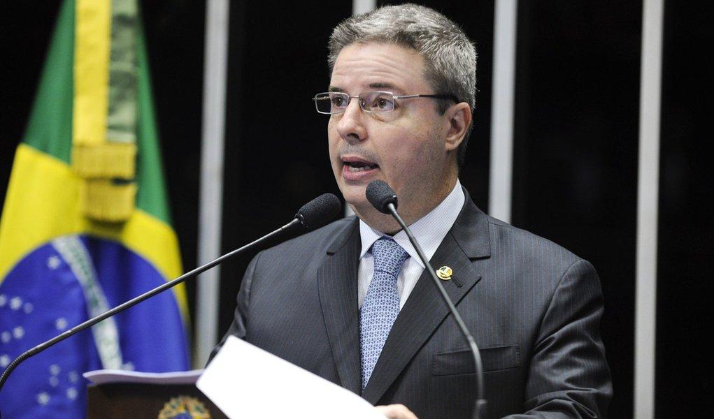 Plenário do Senado durante sessão deliberativa ordinária.  Em discurso, senador Antonio Anastasia (PSDB-MG).  Foto: Moreira Mariz/Agência Senado