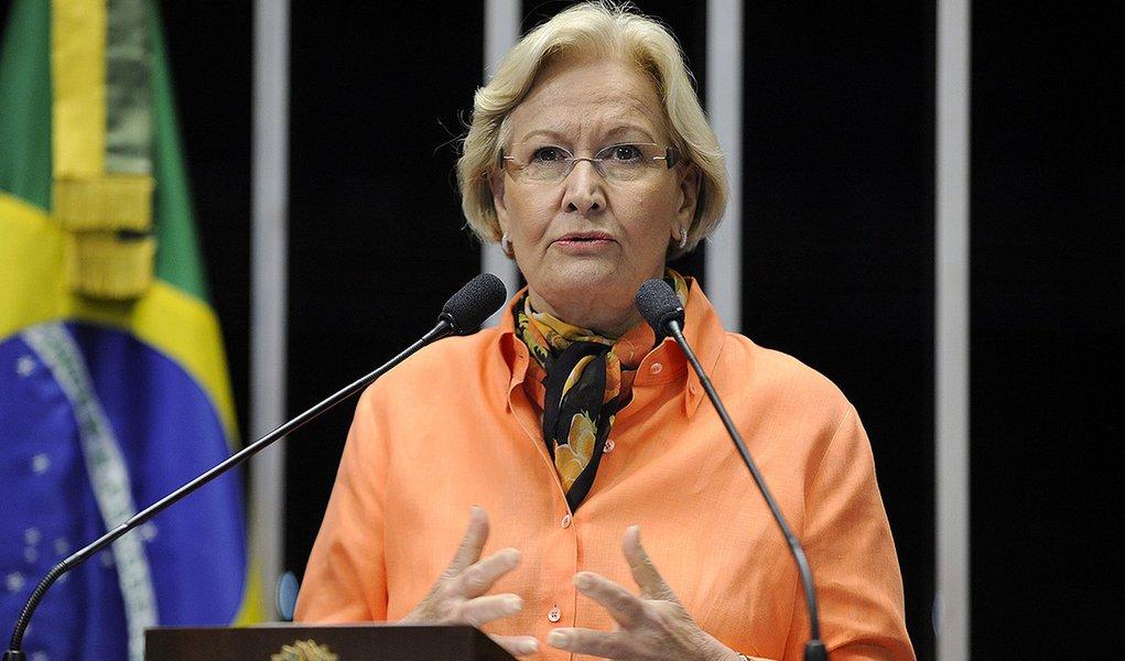 Plenário do Senado durante sessão deliberativa extraordinária.  Em discurso, senadora Ana Amélia (PP-RS).  Foto: Marcos Oliveira/Agência Senado