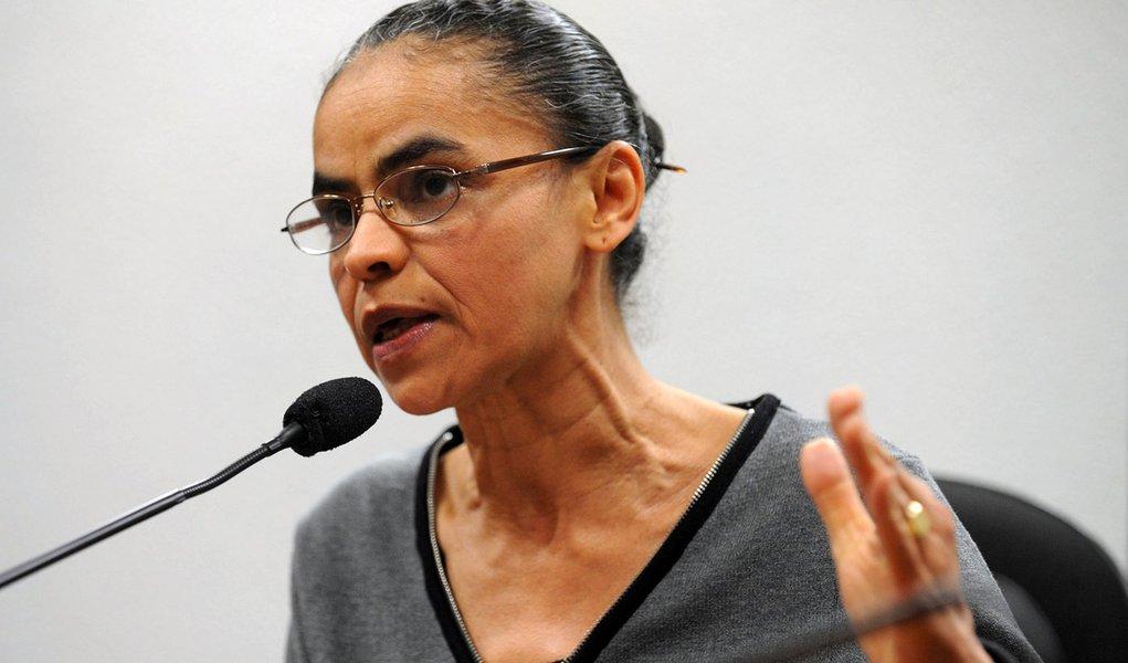 Bras�lia - senadora marina Silva durante coletiva onde criticou a proposta do C�digo Florestal relatada pelo deputado Alldo Rebelo