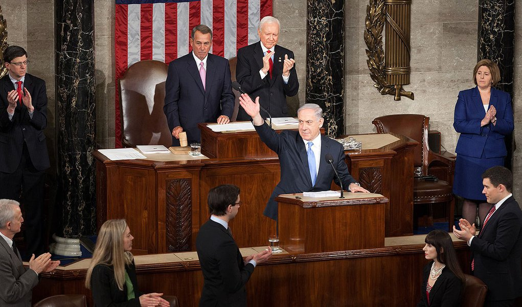 Prime Minister Benjamin Netanyahu of Israel concludes his third address before a joint meeting of Congress and reaffirms the strong bonds between Israel and the United States.  March 3, 2015. (Official Photo by Caleb Smith)