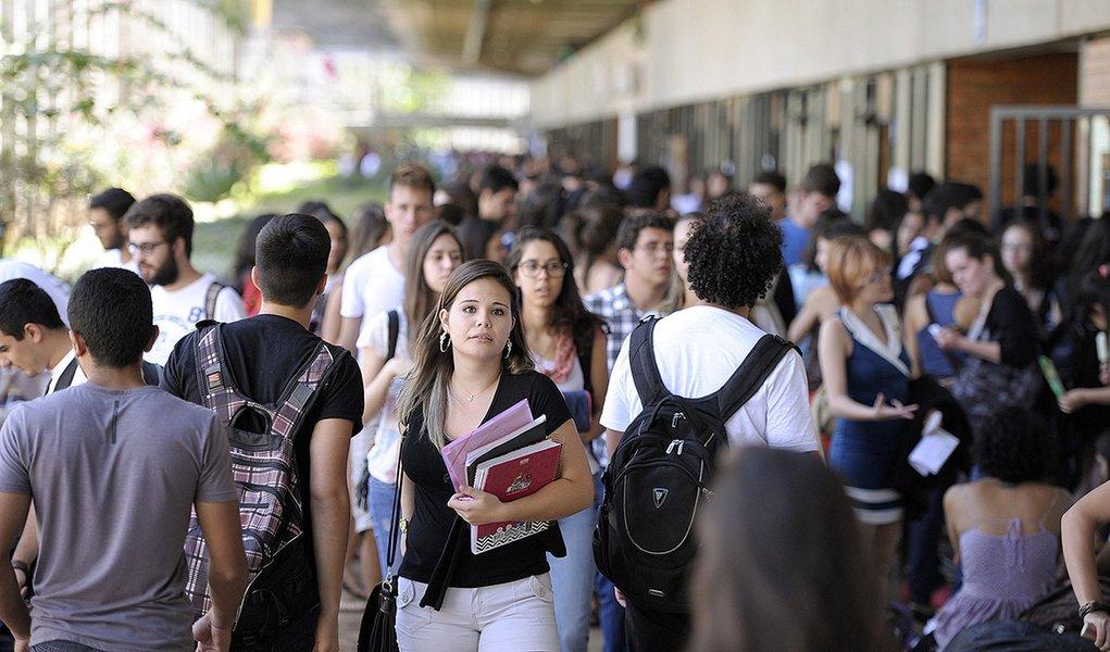 BIE - Banco de imagens externas - A Universidade de Brasília (UnB) é uma universidade federal pública brasileira, com sede na cidade de Brasília, no Distrito Federal. A instituição possui 4 campi, sendo estes nas cidades de Brasília, Planaltina, Gama, Cei