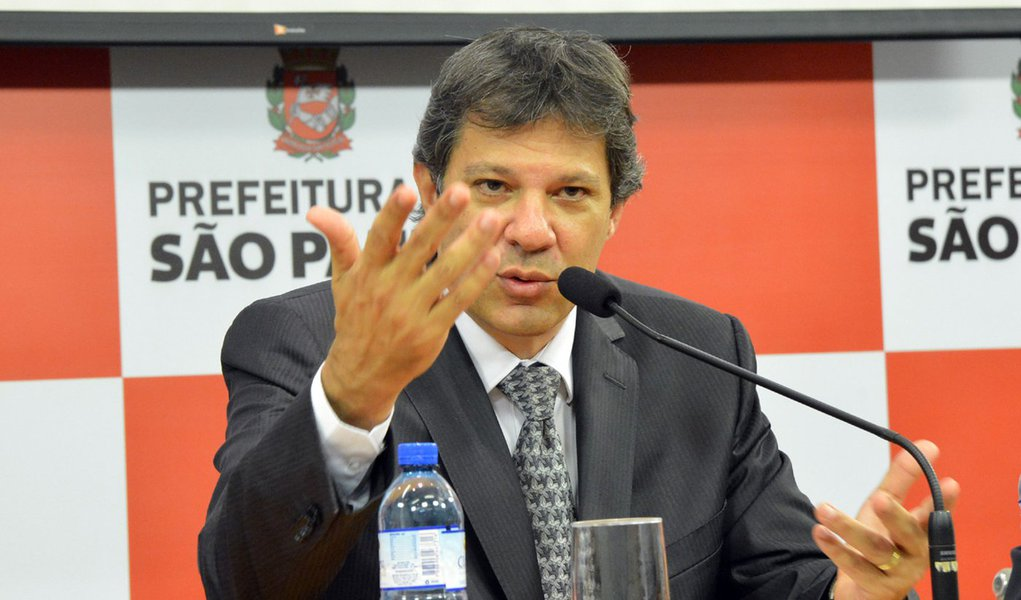 São Paulo- SP- Brasil- 26/05/2015- Haddad anuncia Pacote Anticorrupção. Entre as medidas estão a demissão de servidores que apresentem evolução patrimonial incompatível com seus rendimentos ou pratiquem atos de improbidade administrativa e nepotismo.