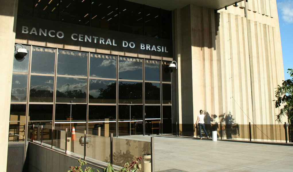 BRASÍLIA, DF, 01.07.2011: BANCO CENTRAL DO BRASIL - Vista do Banco Central do Brasil (BC ou BACEN), em Brasília. (Foto: Bia Fanelli/Folhapress)
