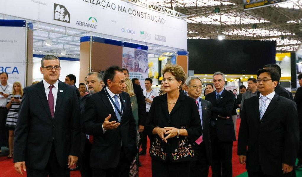 São Paulo - SP. 10/03/2015. Presidenta Dilma Rousseff durante visita à 21ª edição do Salão Internacional da Construção (FEICON BATIMAT) Foto: Roberto Stuckert Filho/PR