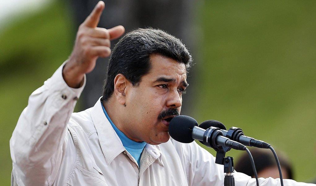 Presidente venezuelano Nicolás Maduro faz discurso em Caracas.  REUTERS/Carlos Garcia Rawlins