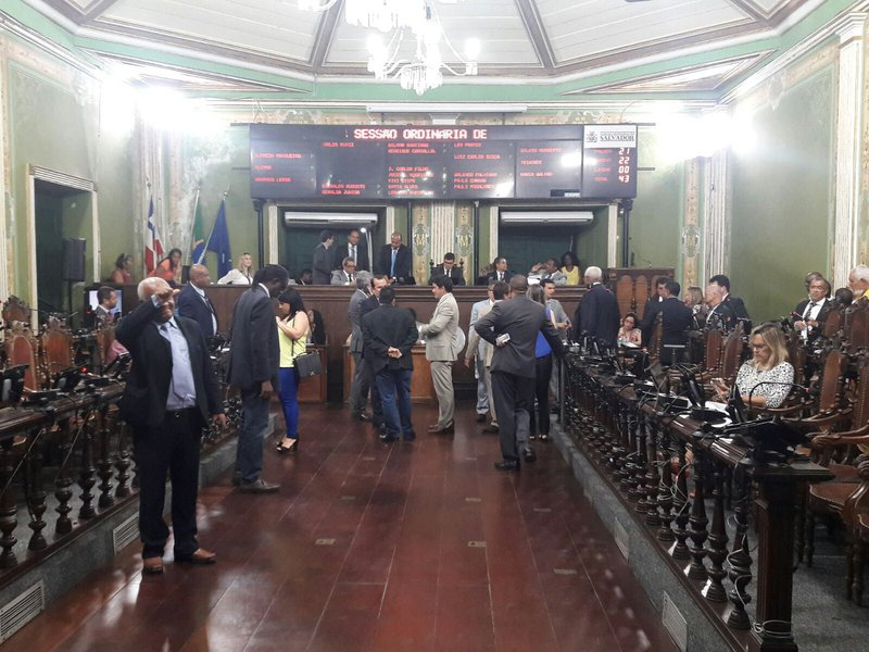 Sessão ordinária da Câmara Municipal de Salvador, dia 09/12/2015