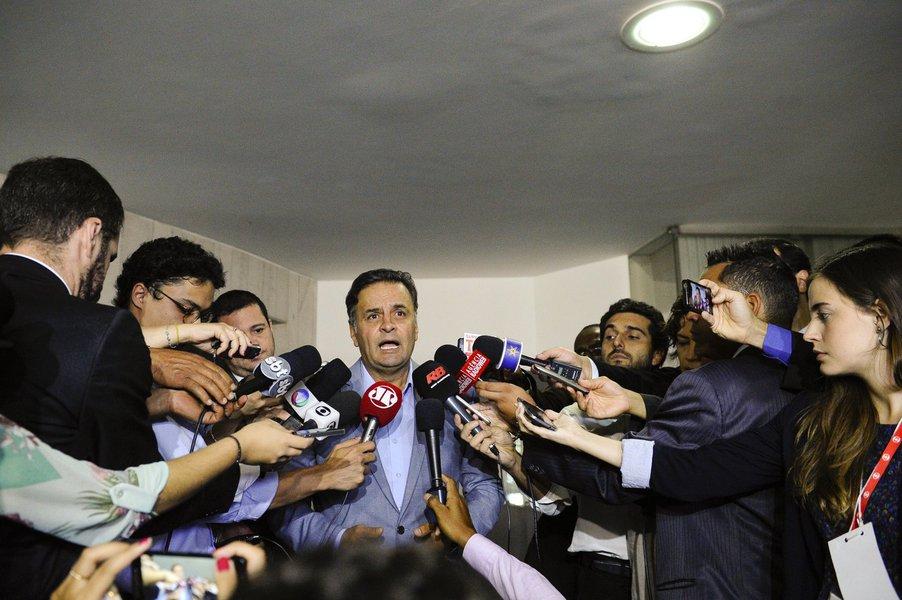 Senador Aécio Neves (PSDB-MG) concede entrevista. Foto: Edilson Rodrigues/Agência Senado