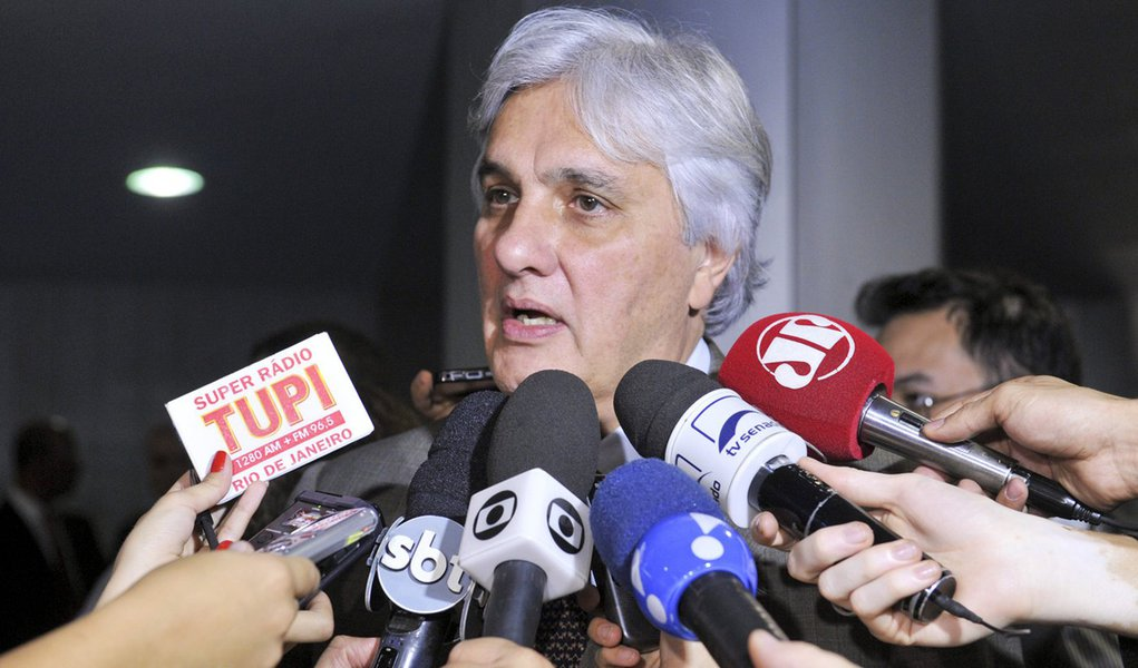 senador Delcídio do Amaral (PT-MS) concede entrevista. Foto: Jane de Araújo/Agência Senado
