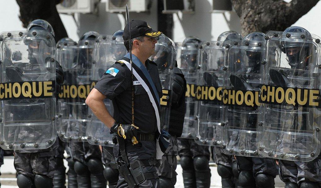 Rio de Janeiro - O Coronel Alberto Pinheiro Neto passa o Comando-Geral da PMRJ para o Coronel Edison Duarte dos Santos Júnior no Batalhão de Choque da PM, centro da cidade (Tânia Rêgo/Agência Brasil)