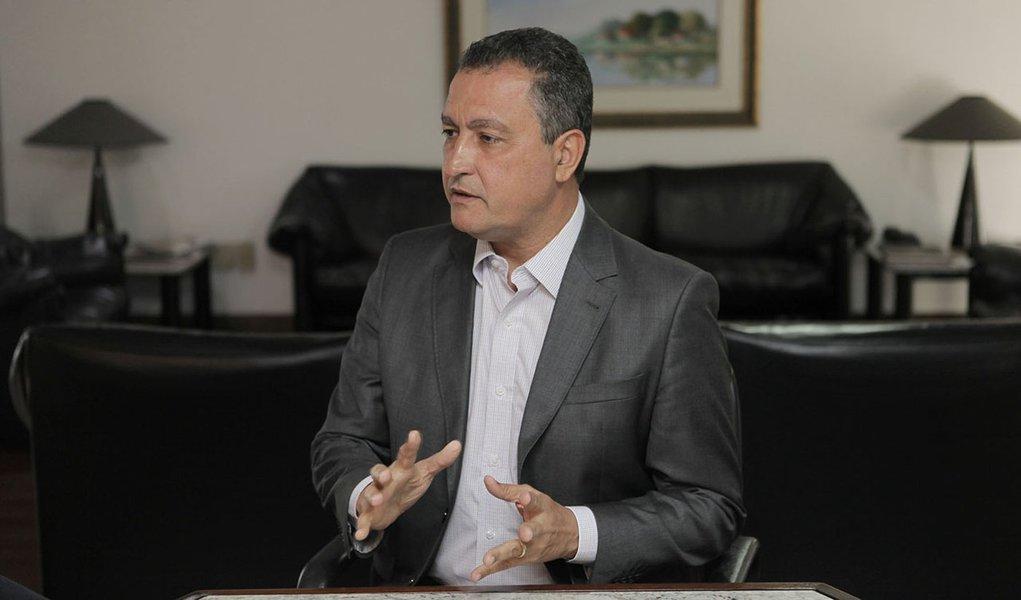 Governador Rui Costa, faz o último programa Digaí Governador de 2015, jundo com Edmundo Filho. Foto Mateus Pereira/GOVBA