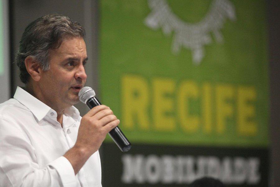 Senador e presidente nacional do PSDB, Aécio Neves (MG) em evento do partido em Recife 27/11/2015