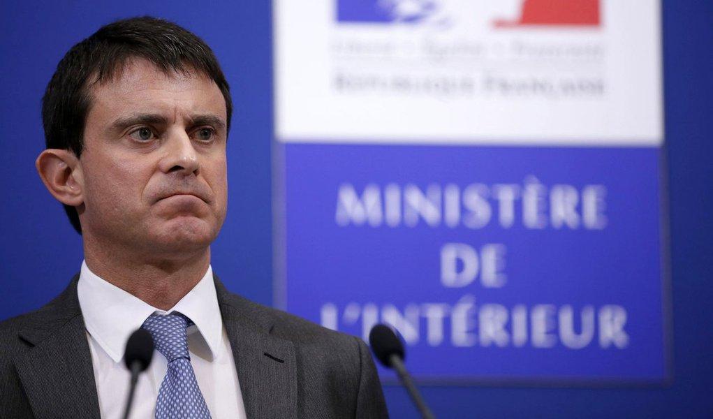 �Thomas Padilla/MAXPPP - Paris FRANCE 27/11/2012 ; CONFERENCE DE PRESSE DU MINISTRE DE L' INTERIEUR, MANUEL VALLS A L' ISSUE DE LA COMMISSION NATIONALE DE LA SECURITE ROUTIERE PLACE BEAUVAU.