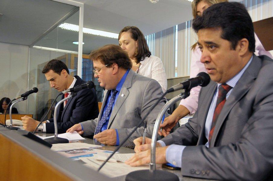 Douglas Melo (deputado estadual PSC/MG), Celinho do Sinttrocel (deputado estadual PCdoB/MG), Sargento Rodrigues (deputado estadual PDT/MG)