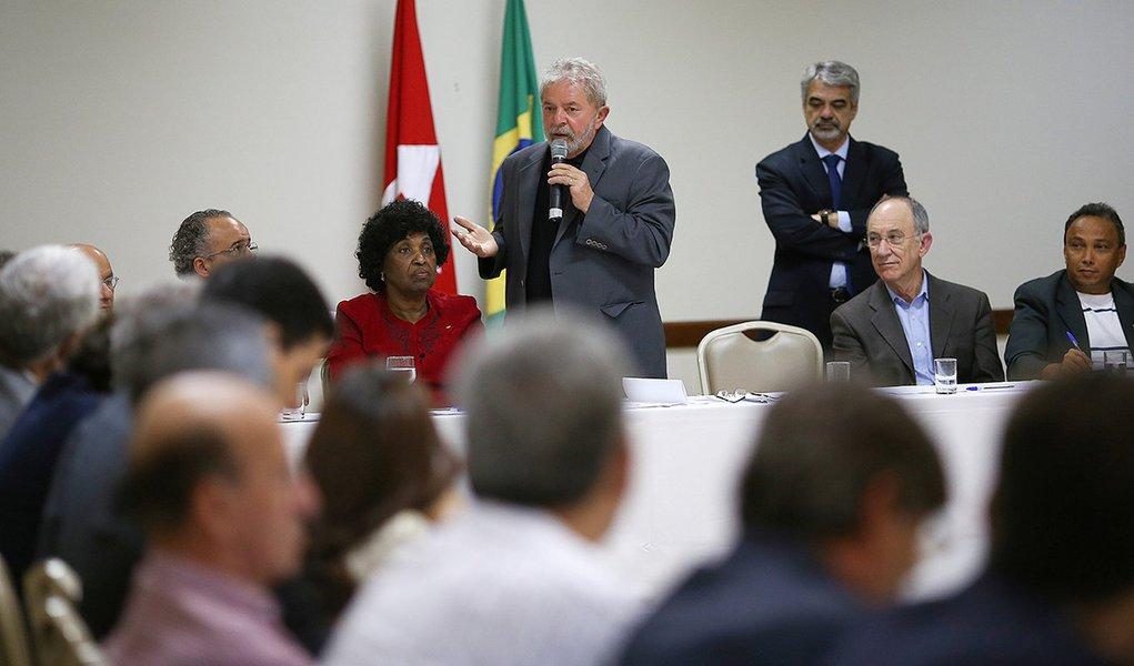 Brasília- DF- Brasil- 29/06/2015- O ex-presidente Luiz Inácio Lula da Silva, se reúne, com as bancadas do PT no Senado e na Câmara. Foto: Ricardo Stuckert/ Instituto Lula