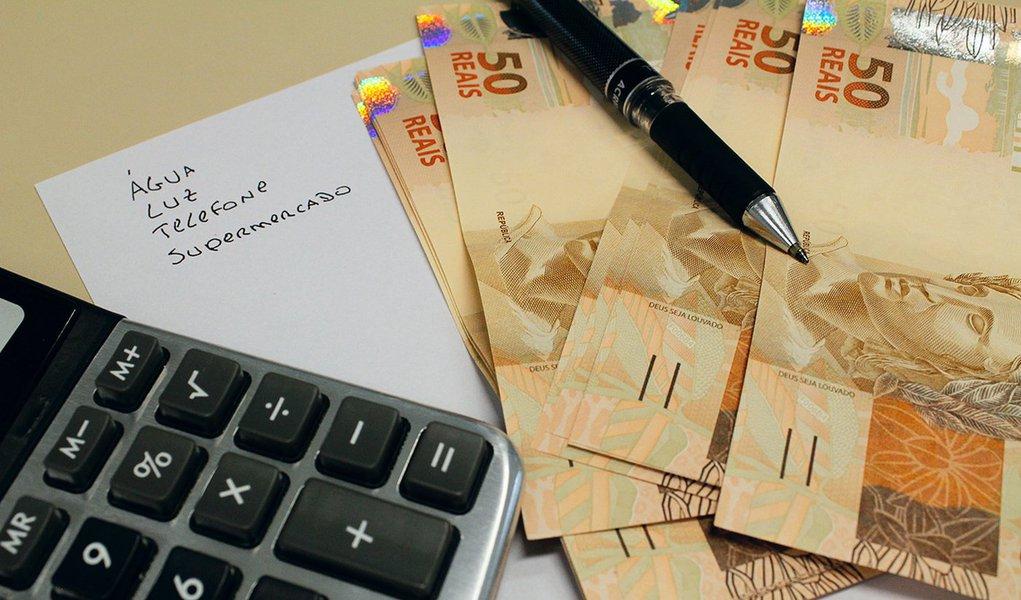 Renda e economia. Foto: Marcos Santos/USP Imagens