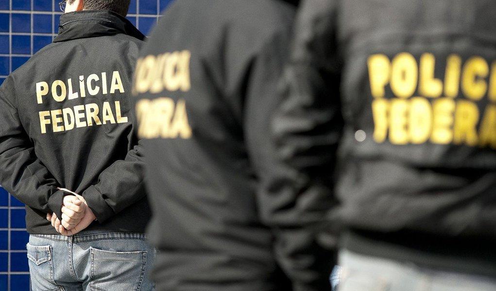 Polícia Federal deflagra operação Terra dos Poetas