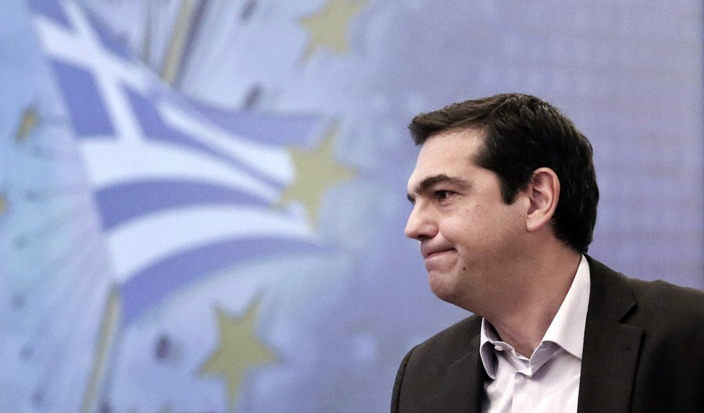 Alexis Tsipras, head of the anti-bailout Syriza party, speaks during a financial conference in Athens on Tuesday, Dec. 2, 2014.  Tsipras said that Greece's battered economy could not recover unless the money owed to other Eurozone country's was cut signif