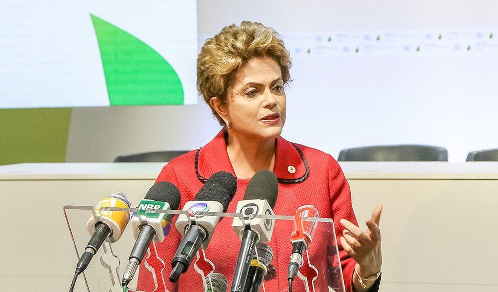 Paris - França, 30/11/2015. Presidenta Dilma Rousseff participa da Mission Innovation Launch Event durante 21º Conferência das Partes da Convenção-Quadro das Nações Unidas sobre a Mudança do Clima – COP21. Foto: Rafael Carlota/PR