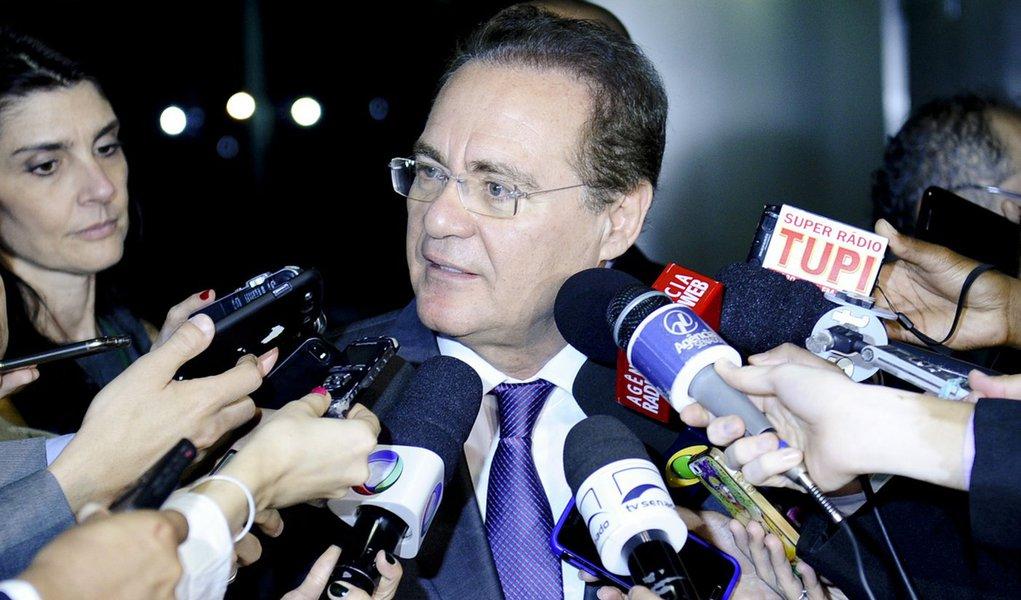 Senador Renan Calheiros (PMDB-AL) concede entrevista. Foto: Marcos Oliveira/Agência Senado