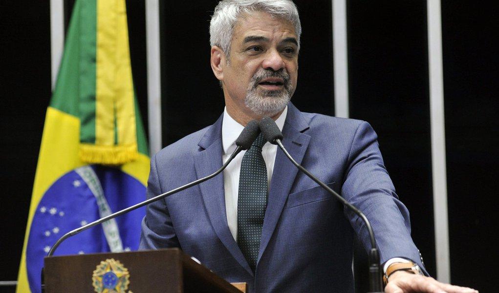 Plenário do Senado Federal durante sessão deliberativa ordinária. Em discurso, senador Humberto Costa (PT-PE). Foto: Geraldo Magela/Agência Senado