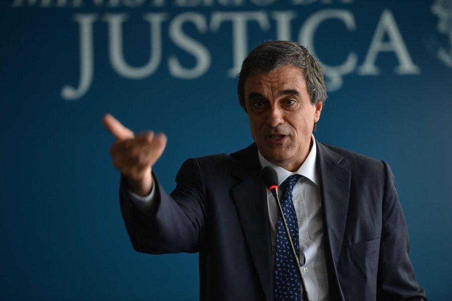 Brasília - O ministro da Justiça, José Eduardo Cardozo, fala do primeiro relatório nacional sobre a população penitenciária feminina do País (Elza Fiúza/Agência Brasil)