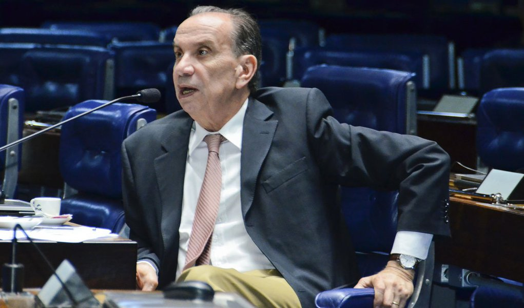 Plenário do Senado durante sessão não deliberativa.  Em pronunciamento, senador Aloysio Nunes (PSDB-SP).   Foto: Waldemir Barreto/Agência Senado