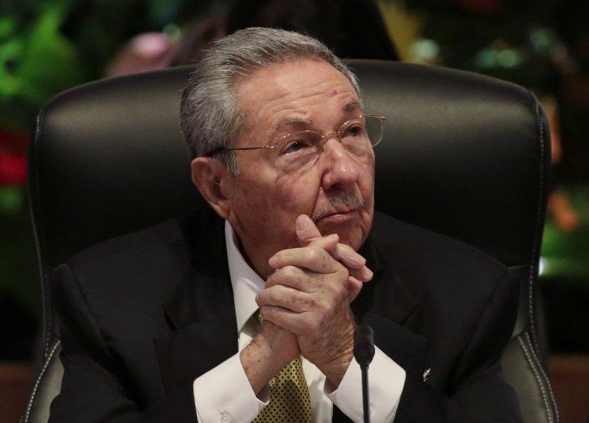 Presidente de Cuba, Raúl Castro, durante cúpula da Alba em Havana no fim de semana passado. 14/12/2014 REUTERS/Enrique De La Osa