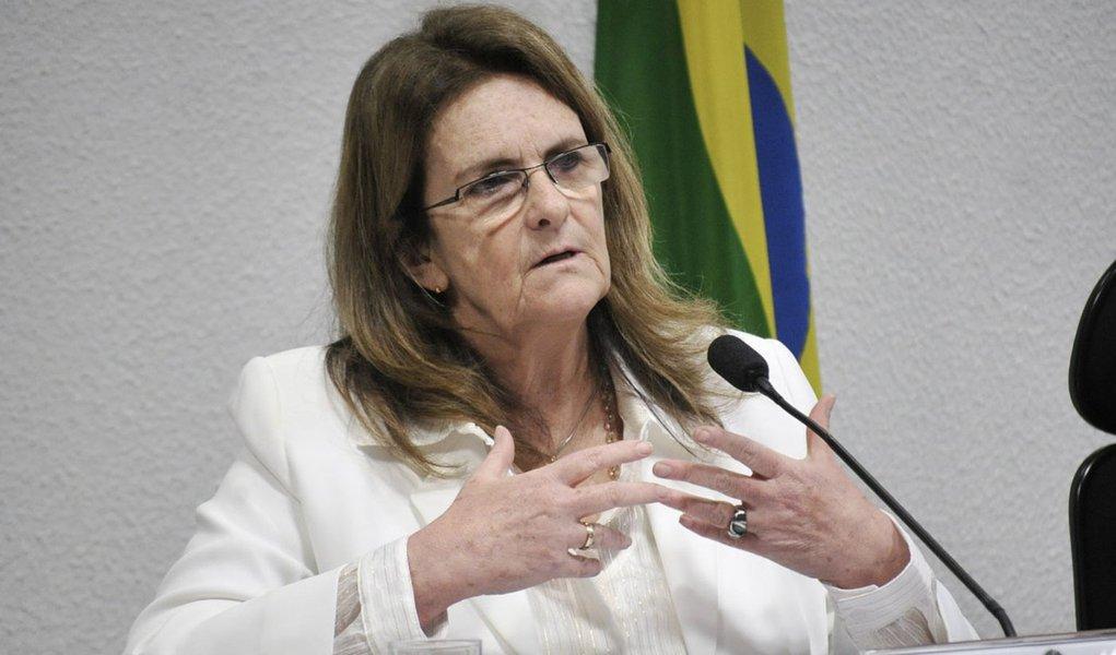 A presidente da Petrobras, Graça Foster, presta depoimento à CPI da Petrobras. É a segunda vez que a principal executiva da estatal explica aos senadores denúncias de irregularidades na empresa, como as relativas à compra da refinaria de Pasadena, nos EUA