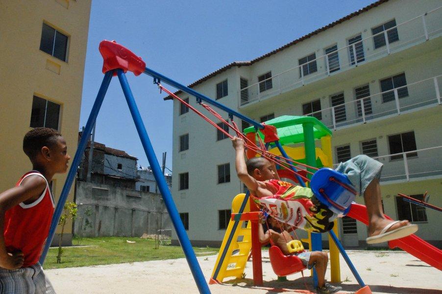 Rio de Janeiro - Cerim�nia de entrega de um  milh�o de casas do programa Minha Casa Minha Vida (MCMV), na comunidade da Mangueira, no Rio de Janeiro.