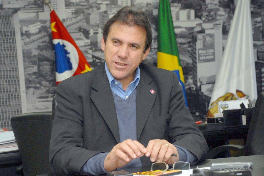 Prefito de S�o Bernardo do Campo Luiz Marinho. Foto: Wilson Mag�o/PMSBC