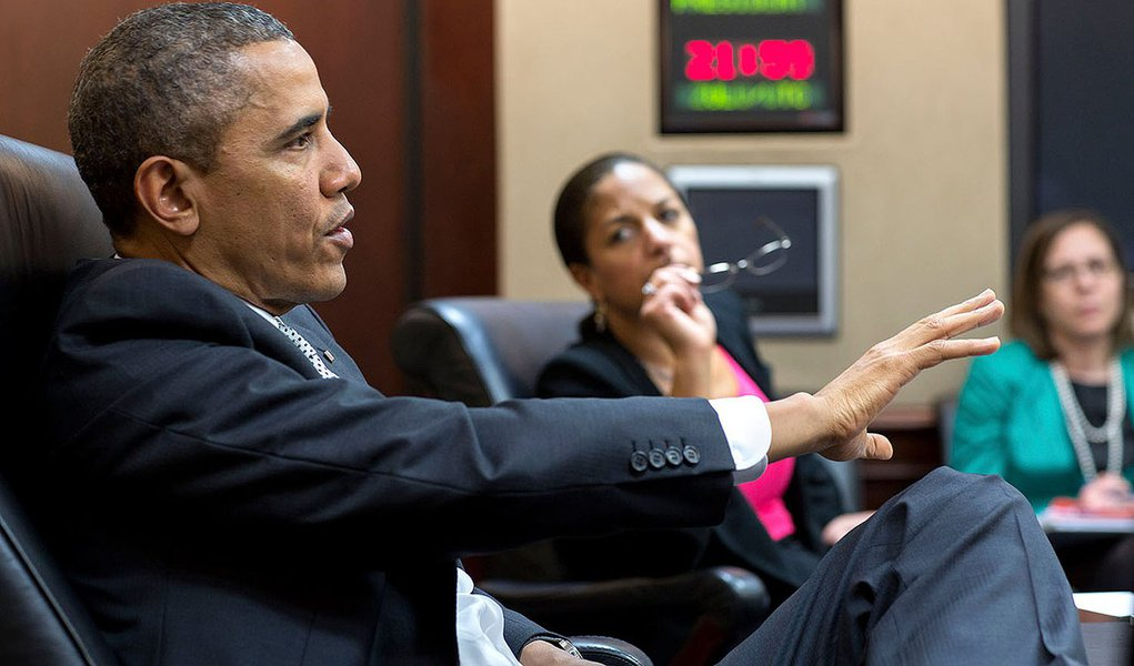President Barack Obama meets with National Security Advisor Susan E. Rice and National Security Council staff in the Situation Room of the White House, April 3, 2014. (Official White House Photo by Pete Souza) 