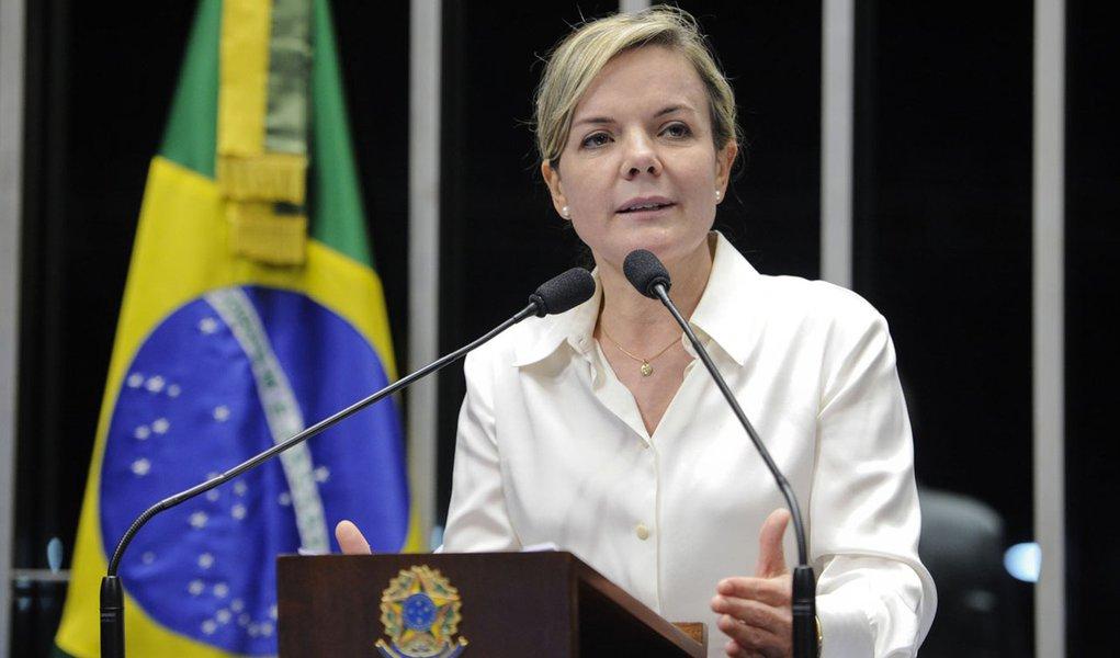 Senadora Gleisi Hoffmann (PT-PR) critica a análise que a oposição e a imprensa fazem da situação do sistema elétrico nacional num período crítico como o atual, em que o nível dos reservatórios está baixo