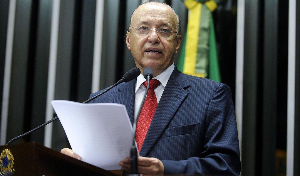 Senador Antonio Carlos Valadares (PSB-SE) volta a manifestar preocupação com a vazão do Rio São Francisco