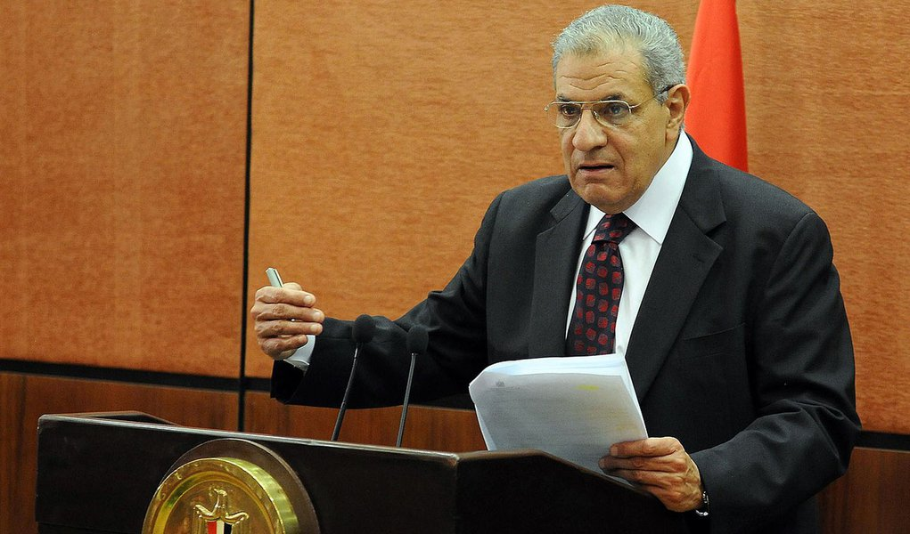 (FILES) A file picture taken on January 16, 2014 shows Egypt's then housing minister Ibrahem Mahlab speaking during a press conference in Cairo on January 16, 2014. Outgoing housing minister Mahlab was appointed on February 25, 2014 as Egypt's new prime m