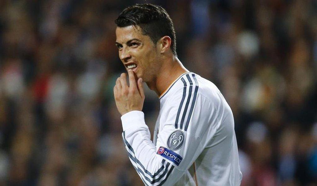 Jogador do Real Madrid Cristiano Ronaldo durante a final da Liga dos Campeões contra o Atlético de Madri no Estádio da Luz, em Lisboa. Cristiano Ronaldo está com tendinite na região do joelho esquerdo, disse a Federação Portuguesa de Futebol em comunicado