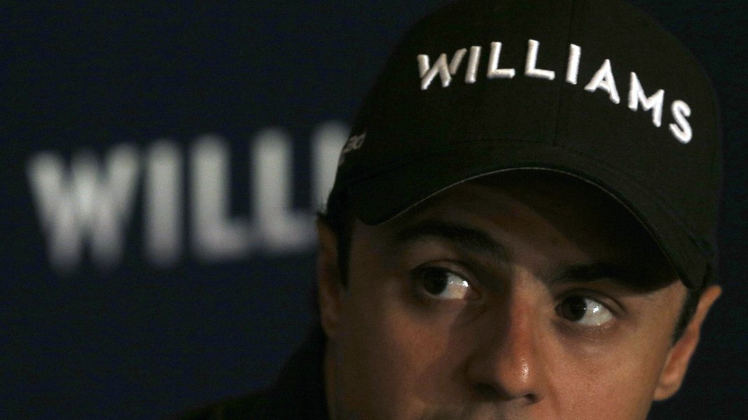 Williams Formula One driver Felipe Massa of Brazil attends a media conference in Sao Paulo February 11, 2014. REUTERS/Paulo Whitaker (BRAZIL - Tags: SPORT MOTORSPORT F1)