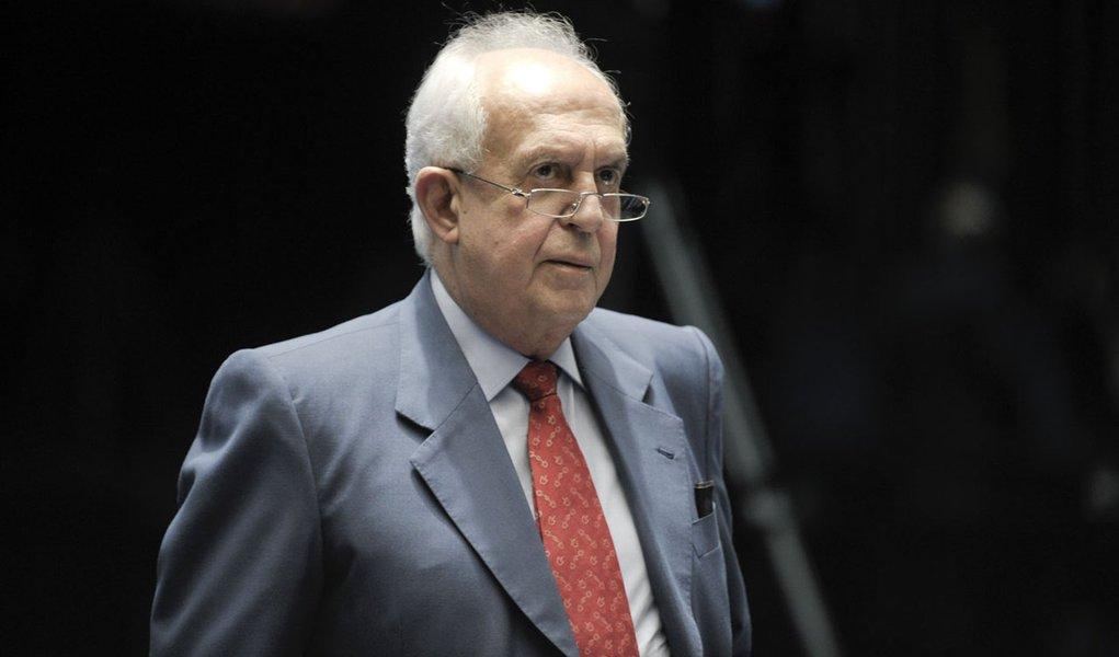 Senador Jarbas Vasconcelos (PMDB-PE) lamenta a morte do artista plástico pernambucano Gilvan Samico, um dos maiores gravuristas do país