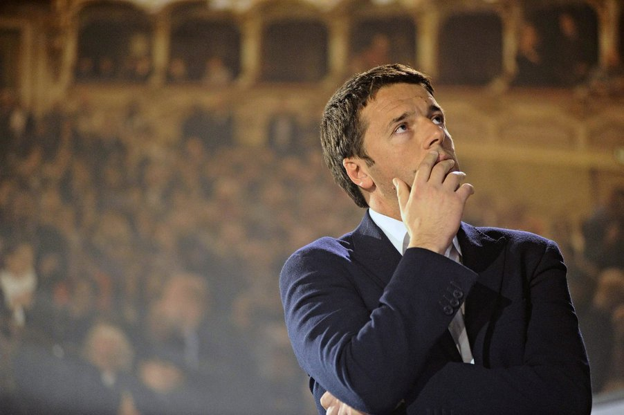 epa03494653 Mayor of Florence, Matteo Renzi, before learning of his defeat by Pier Luigi Bersani at the primary election to select a prime ministerial candidate, in Rome, Italy, 02 December 2012. It emerged 02 December 2012 that Bersani was the overwhelmi