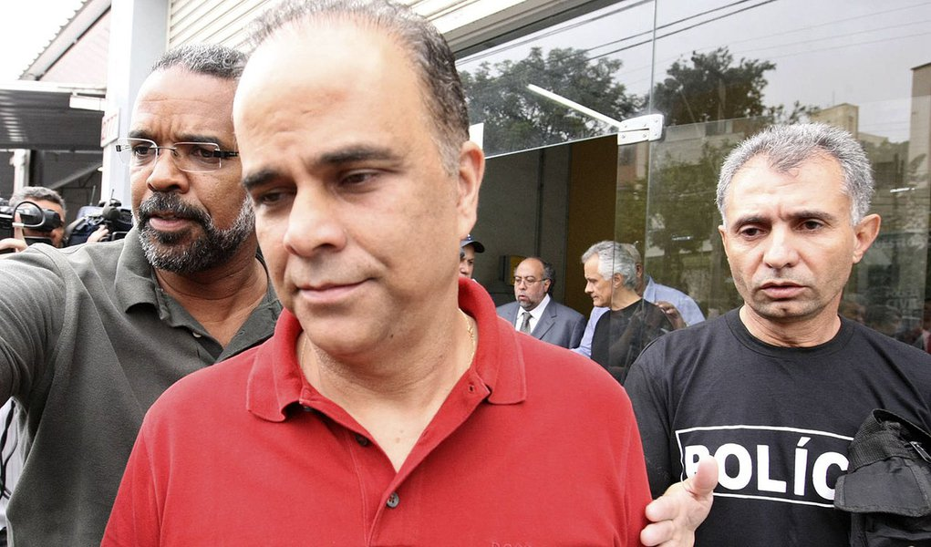 """Brasil, Belo Horizonte, MG, 02/12/2011. O publicit·rio Marcos ValÈrio Fernandes de Souza, suspeito de comandar o esquema nacionalmente conhecido como Mensal""""o, foi preso na madrugada desta sexta-feira (2) em Belo Horizonte(MG). O empres·rio foi detido no"""