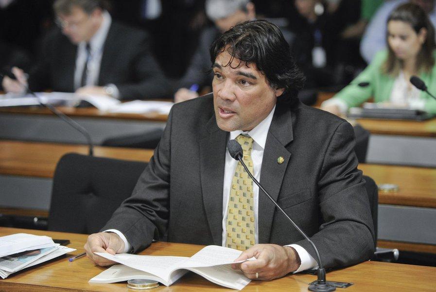 Senador Lobão Filho (PMDB-MA)