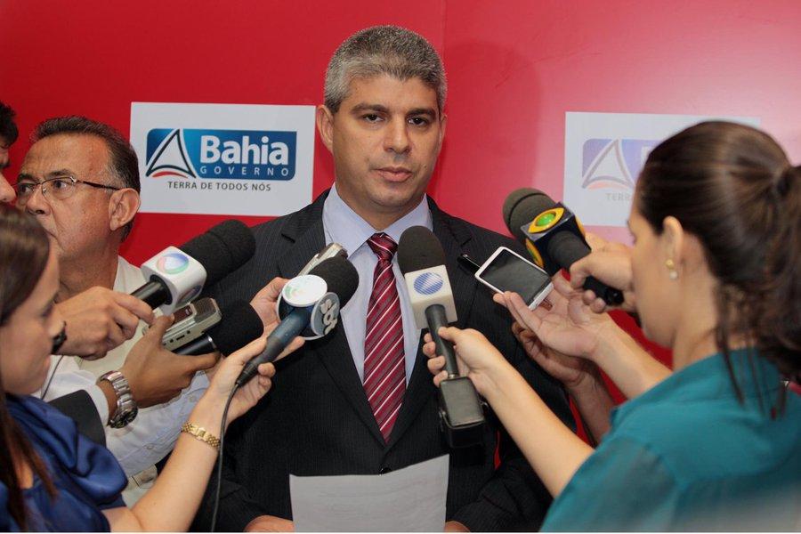 Secretaria de Seguran�a P�blica concede coletiva de imprensa sobre a greve da PM