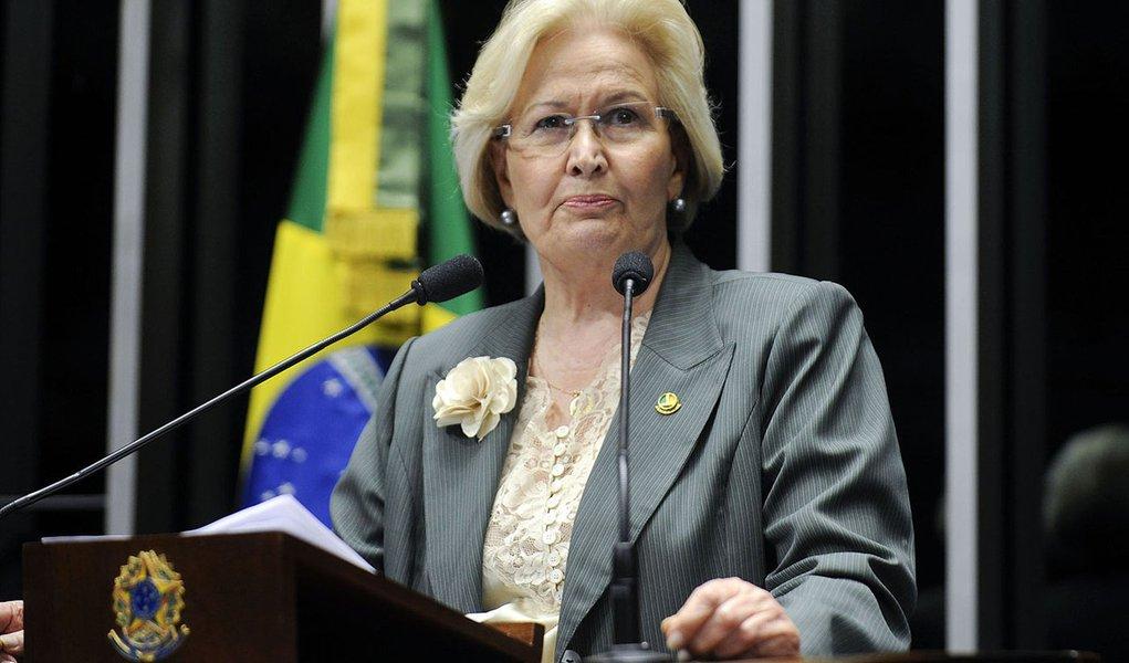 Senadora Ana Amélia (PP-RS) pede ao presidente da Comissão de Constituição, Justiça e Cidadania, senador Vital do Rêgo (PMDB-PB), que coloque logo em votação a Proposta de Emenda à Constituição 63/2013, que institui a parcela mensal de valorização por tem